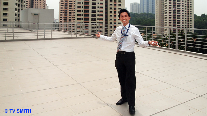 Mr Yong Kee Nyap, Assistant General Manager - Imaging System Division, showing off the balcony