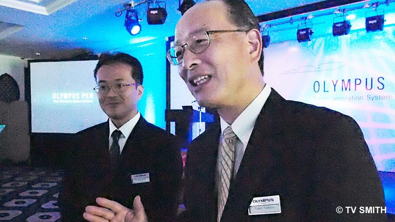 Mr Suzuki (left) & Mr Asakura shot in ISO 12800 with the new E-P3