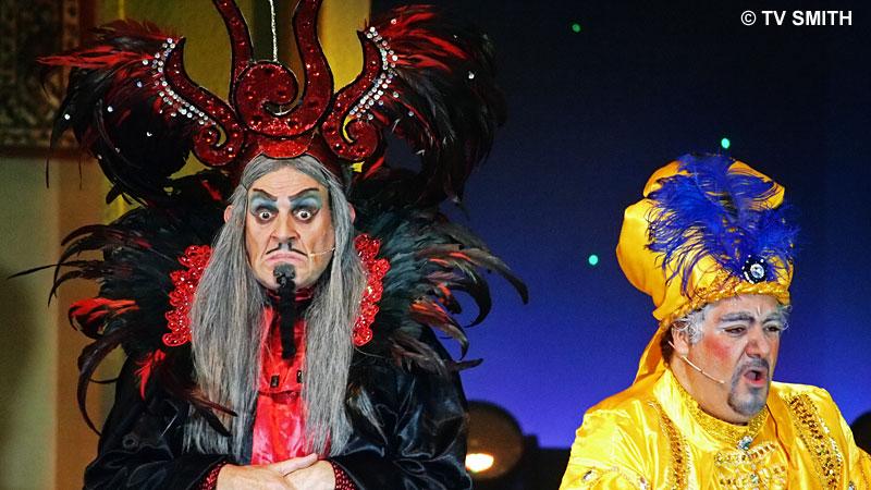 Michael Morgan as Jafar and Peter Jamieson as The Sultan