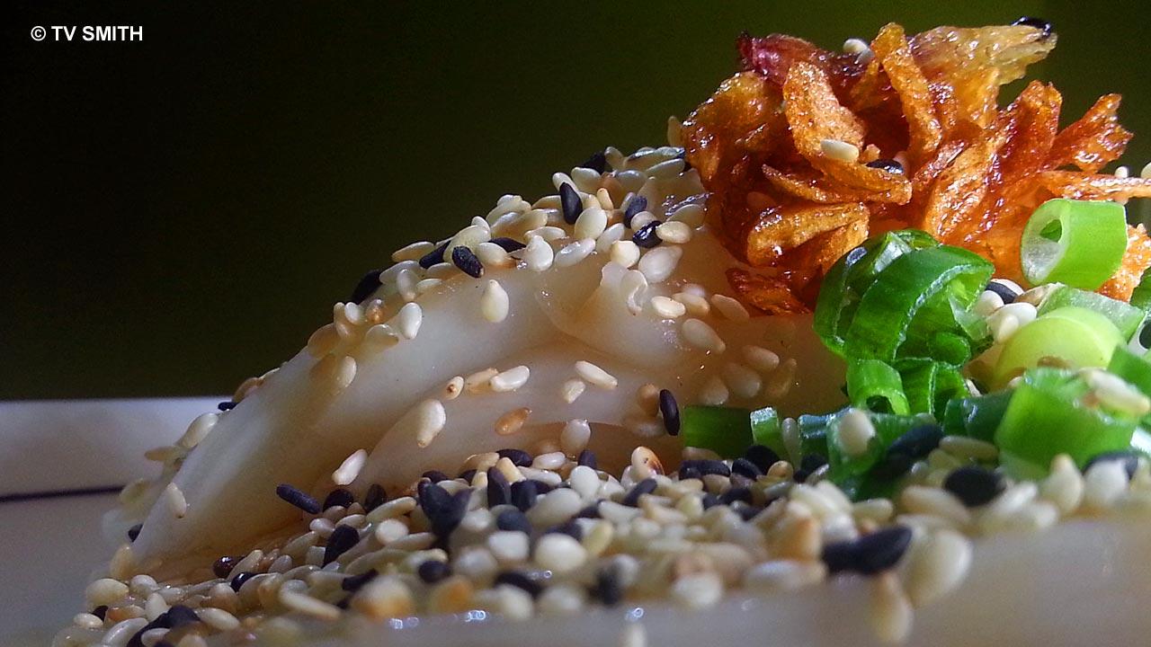 Lammeya's Chee Cheong Fun with Sesame Seeds