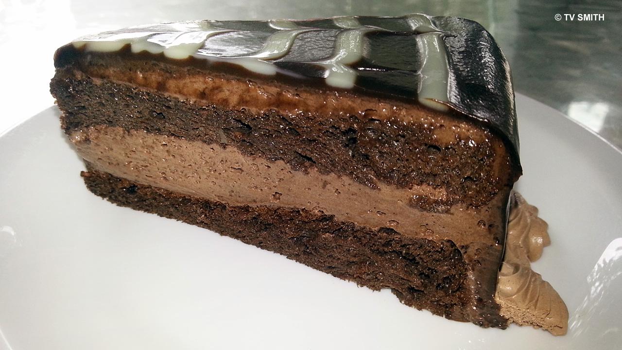 Secret Recipe's Moist Choclate Mud Cake