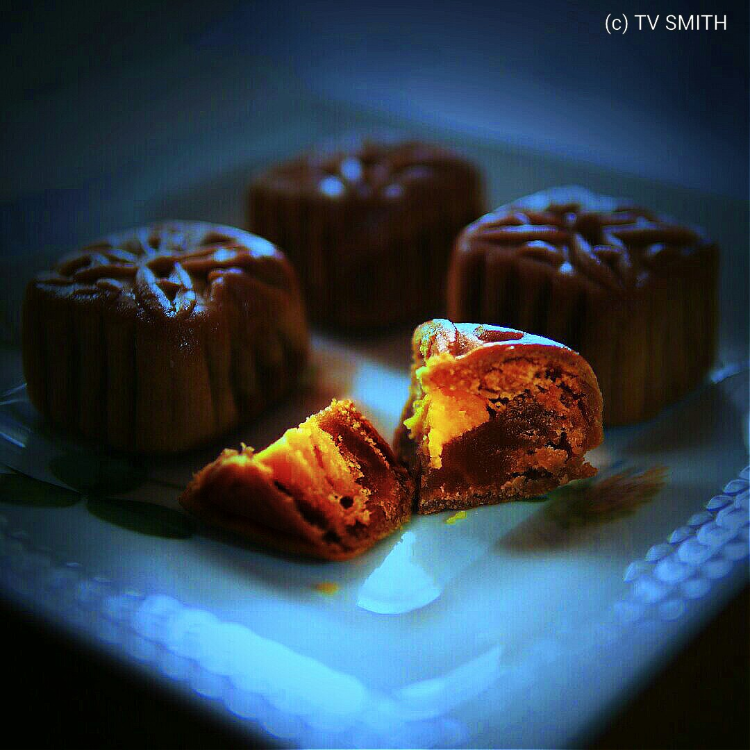 Mooncakes By The Moonlight