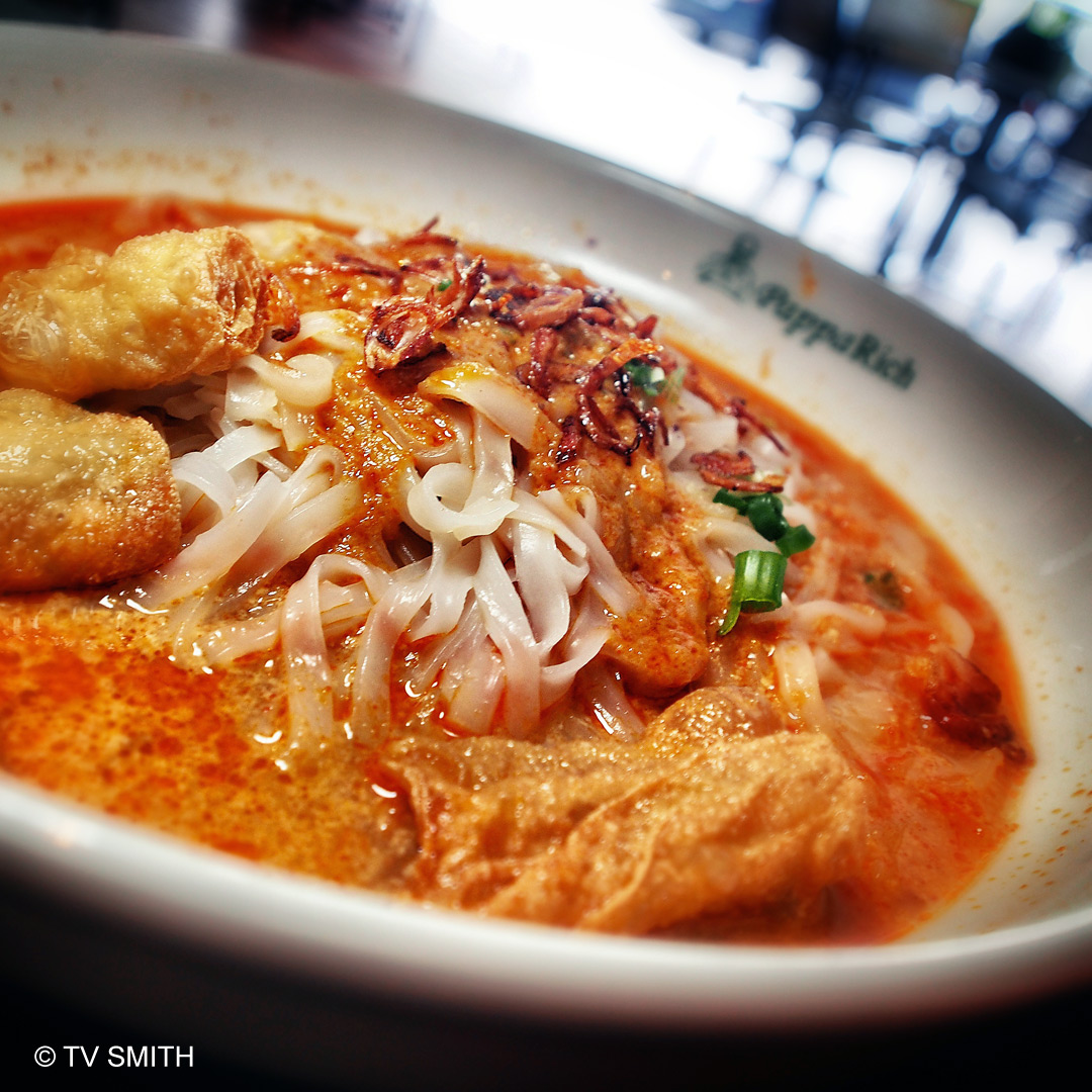 PappaRich's Curry Koay Teow with Fu Chok
